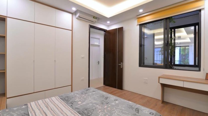 serviced apartment on dang thai mai