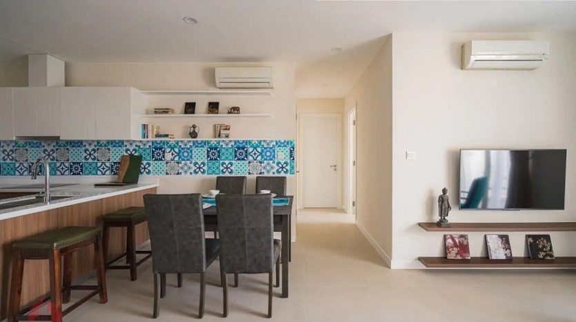 apartment in kosmo tay ho