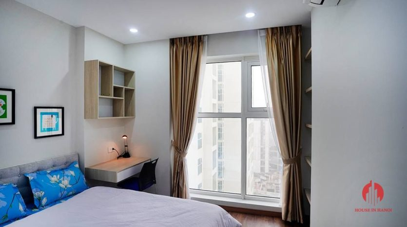 pretty 2 bedroom in the link ciputra 14