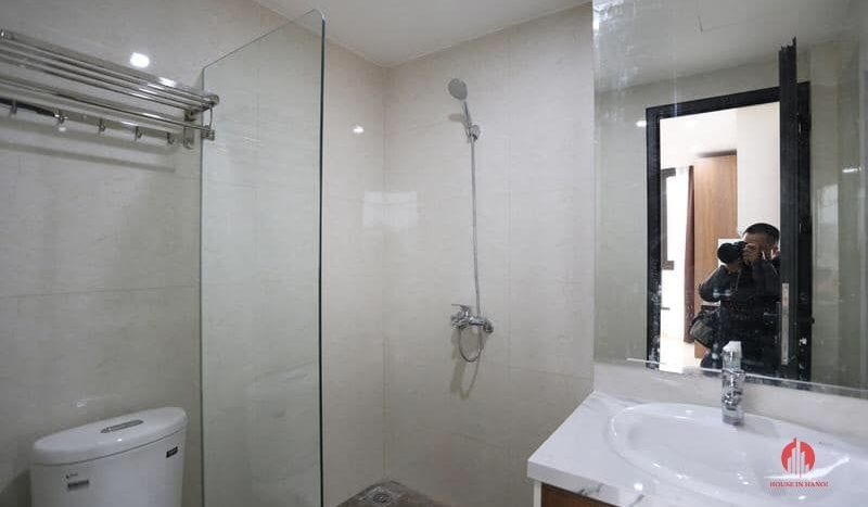 2 bedroom apartment on nhat chieu 12