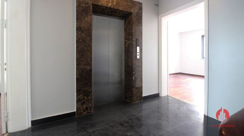 7 storey house for rent in tay ho 12