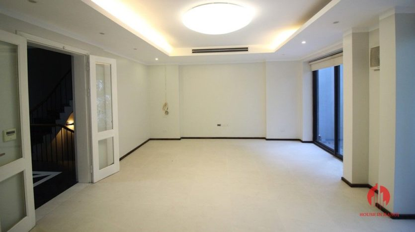 7 storey house for rent in tay ho 3