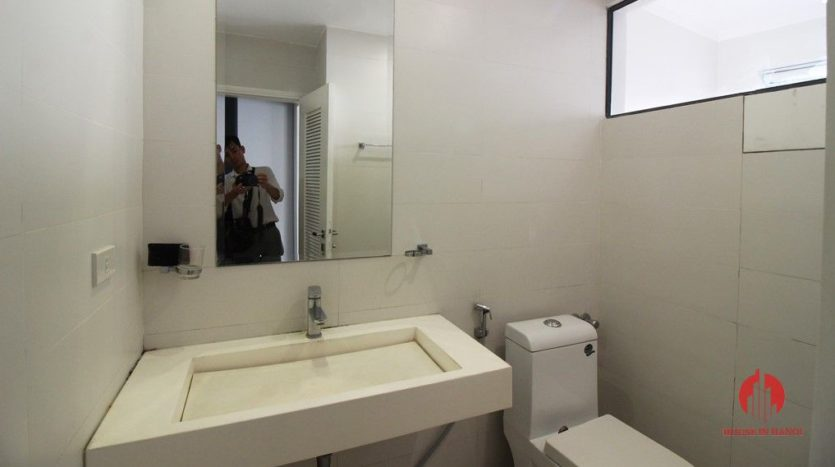 7 storey house for rent in tay ho 6