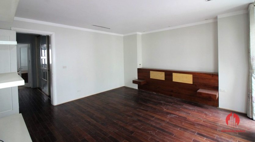 7 storey house for rent in tay ho 9