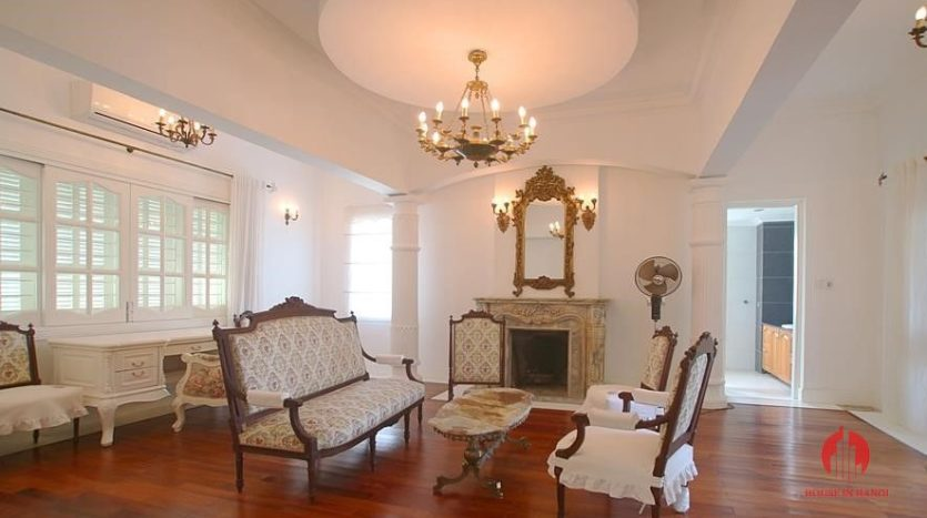 castle like villa for rent in tay ho 18