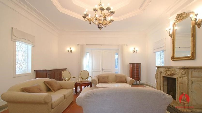 castle like villa for rent in tay ho 9