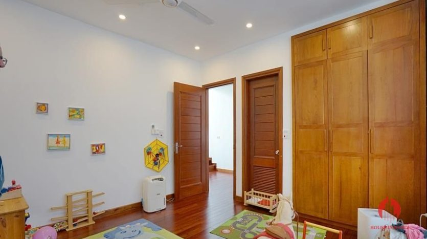 house for rent in swimming pool in tay ho 14
