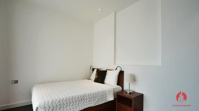 lake view 4 bedroom apartment in tay ho 1