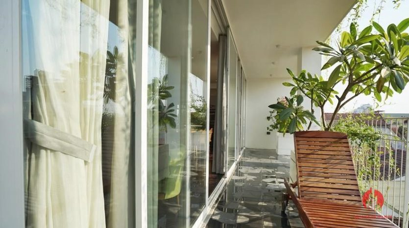 lake view 4 bedroom apartment in tay ho 22