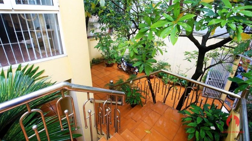 pool villa for rent in quang an 4