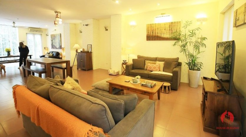 pool villa for rent in quang an 8