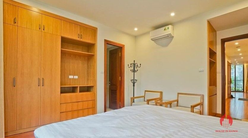 serviced apartment with swimming pool in tay ho 23