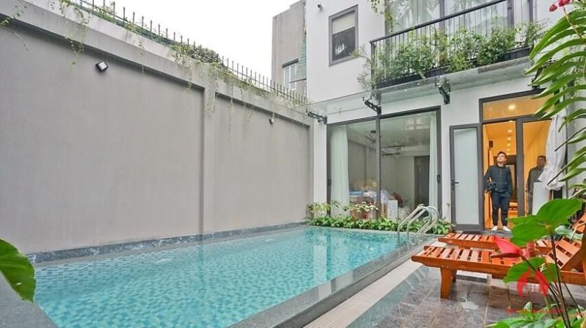 serviced apartment with swimming pool in tay ho 30