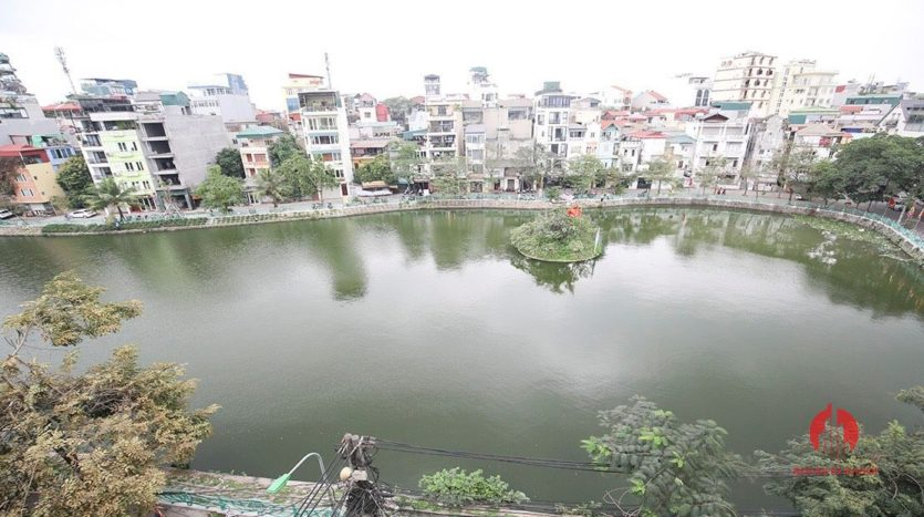 Ample lake view apartment for rent in Tay Ho Lang Yen Phu 14