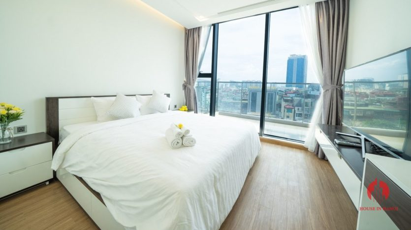 Appealing 2BR apartment for rent on Kim Ma street Ba Dinh dist 11