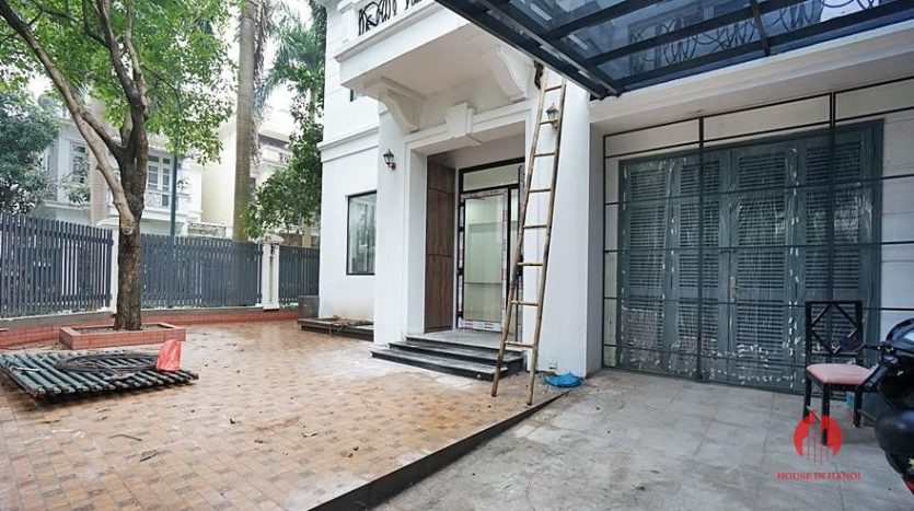 Ciputra Hanoi Corner villa for rent after full scale renovation 20