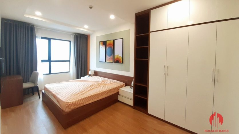 Colorful 2BR apartment for rent near Korean Embassy Tay Ho district 6