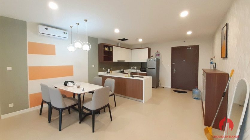 Colorful 2BR apartment for rent near Korean Embassy Tay Ho district 8