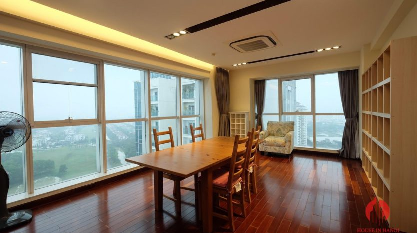 Excellent sky villa for rent with nice golf view in L2 Ciputra Hanoi 23