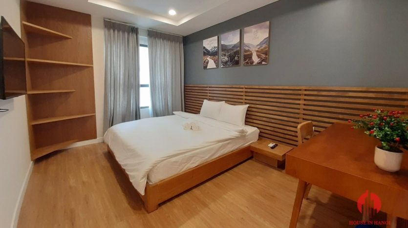Eye catching 3 bedroom apartment for lease in Kosmo Tay Ho 3