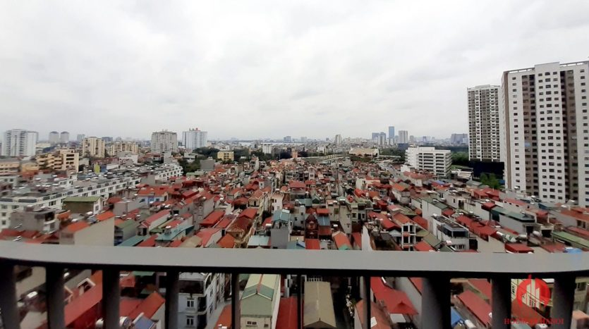 Eye catching 3 bedroom apartment for lease in Kosmo Tay Ho 8