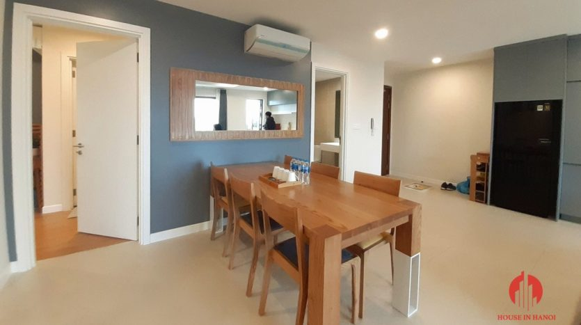 Eye catching 3 bedroom apartment for lease in Kosmo Tay Ho 9