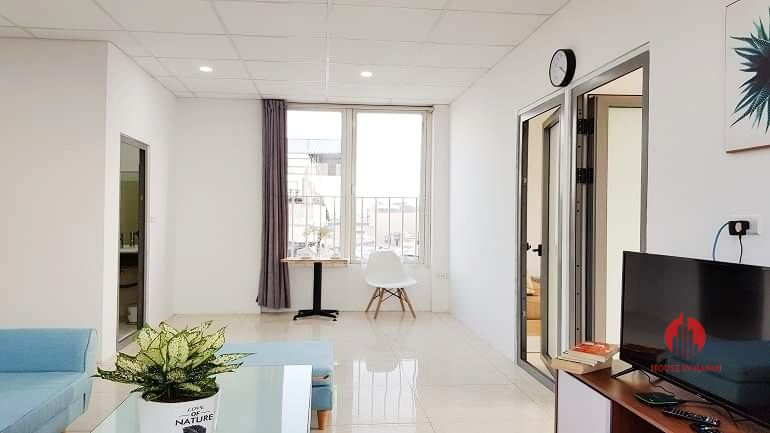 Gentle airy 3 bedroom apartment for rent on Au Co street Tay Ho 3