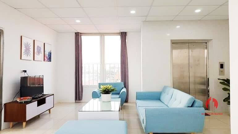 Gentle airy 3 bedroom apartment for rent on Au Co street Tay Ho 5