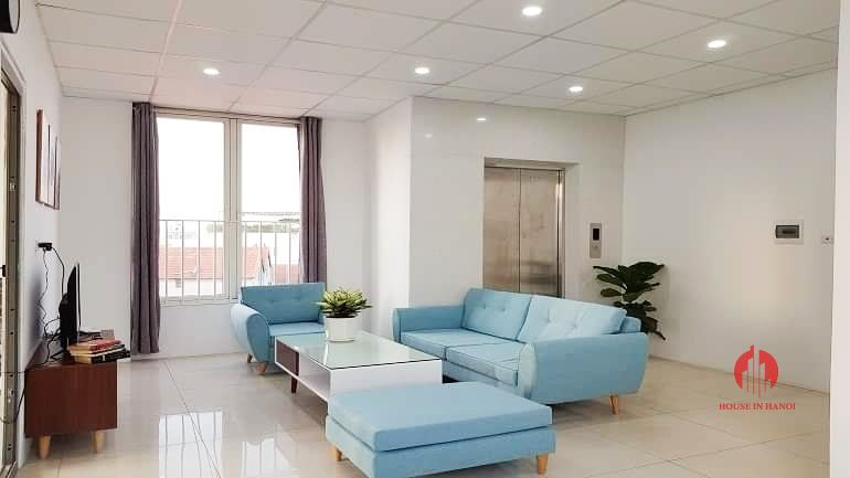 Gentle airy 3 bedroom apartment for rent on Au Co street Tay Ho 9