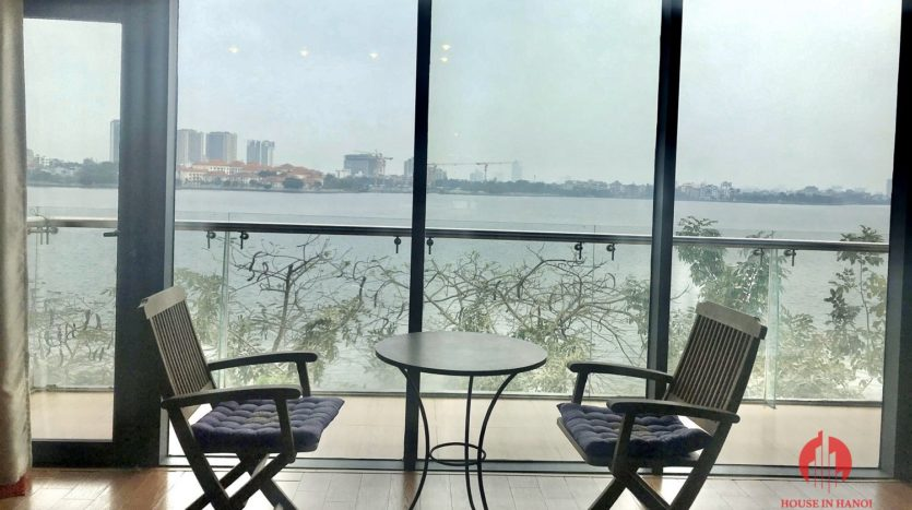 Great offer Lake view 90m2 1BR apartment for rent on Nhat Chieu st 4