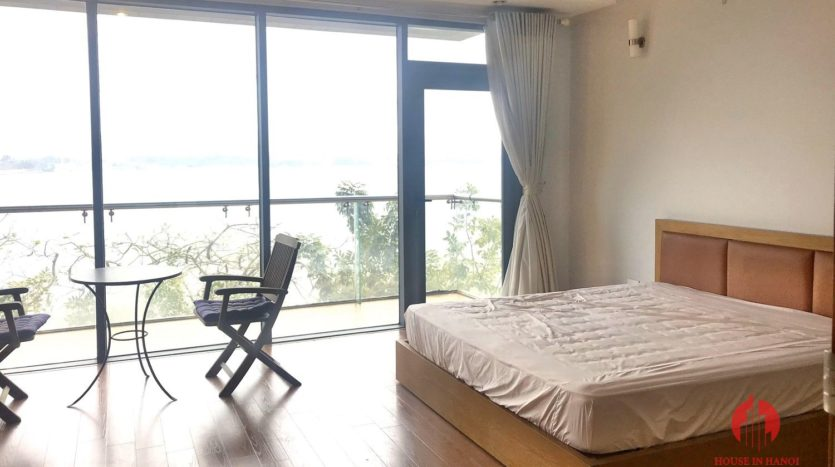 Great offer Lake view 90m2 1BR apartment for rent on Nhat Chieu st 5
