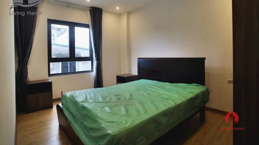 Lake view 150m2 serviced apartment for lease on Au Co street 2