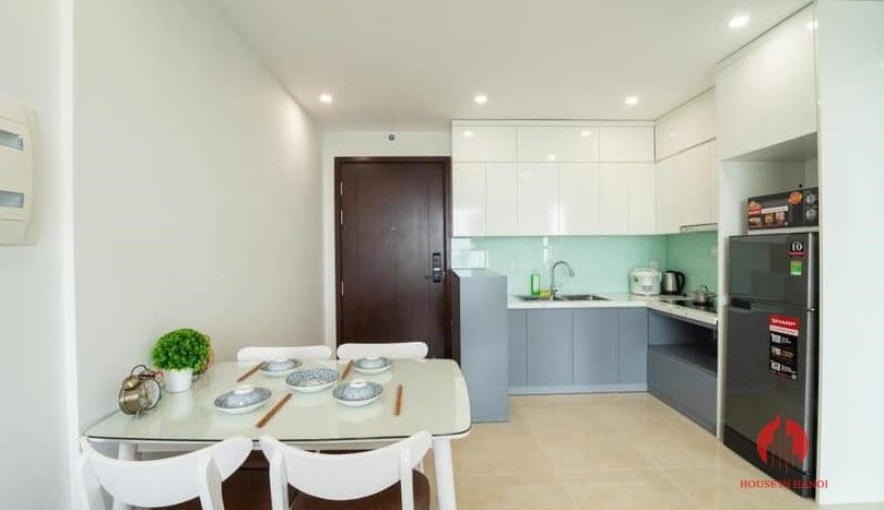 Modern 2BR apartment for rent in Trung Hoa area Cau Giay dist 7