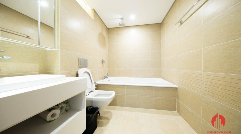 appropriate family apartment for rent in ba dinh 10