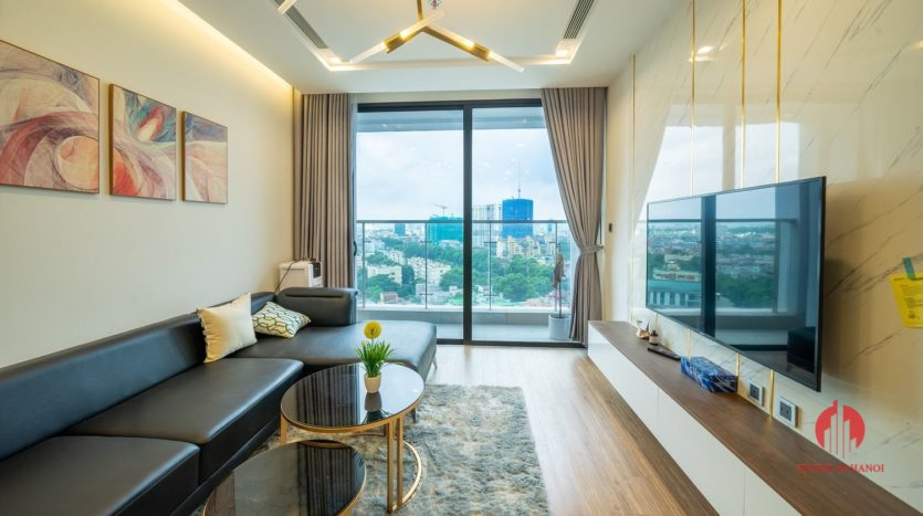 attractive apartment for rent in vinhomes metropolis 1