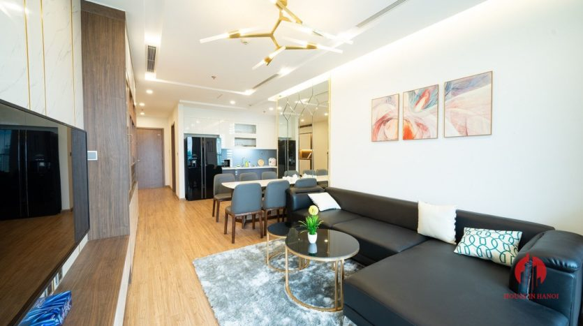 attractive apartment for rent in vinhomes metropolis 2