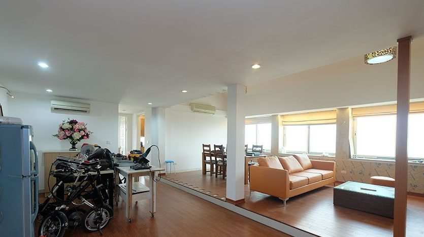duplex penthouse for rent in E1 Ciputra 31