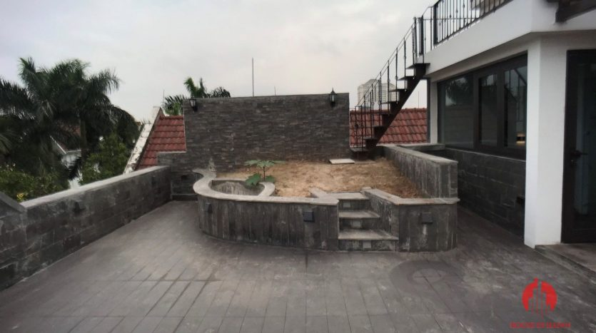extensively renovated villa with rooftop in ciputra 36