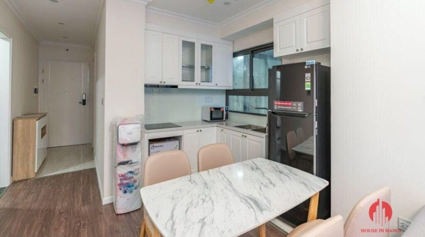 lovely apartment for rent in tay ho near nhat tan 2