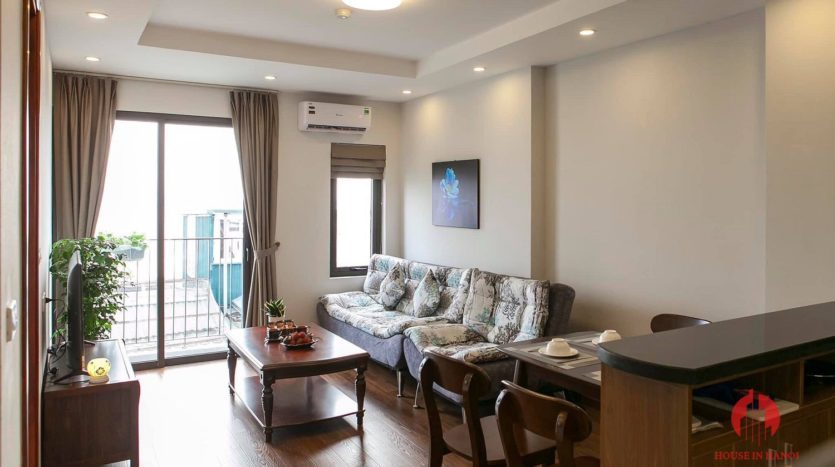 polished bright apartment for rent on yen phu 7