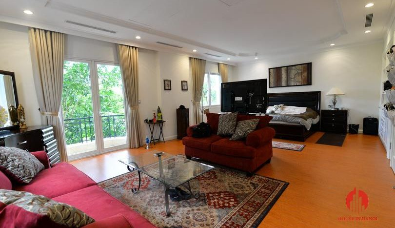 riverside garden villa for rent in hanoi 11