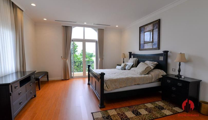 riverside garden villa for rent in hanoi 16
