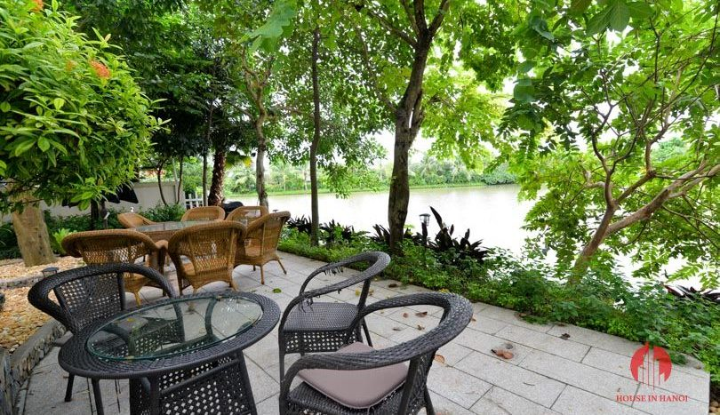 riverside garden villa for rent in hanoi 2