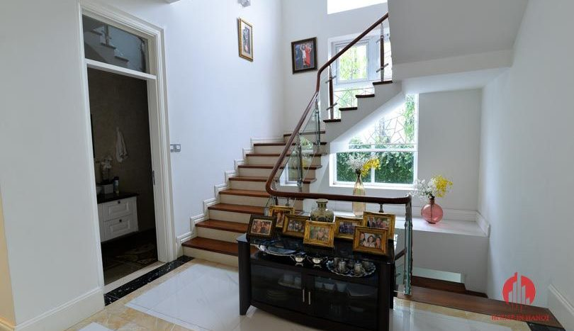 riverside garden villa for rent in hanoi 23