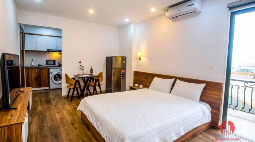 studio for rent in tay ho with windy rooftop 3