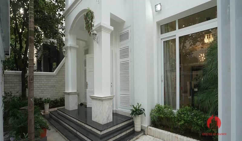 villa for rent in T Block Ciputra 14