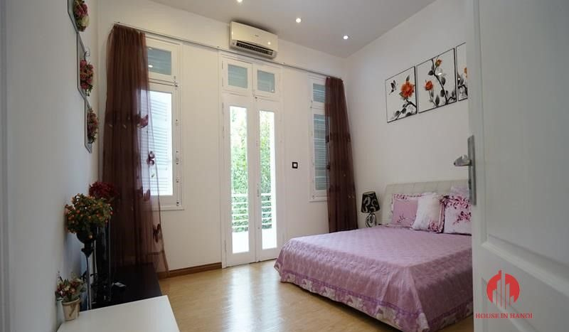villa for rent in T Block Ciputra 28