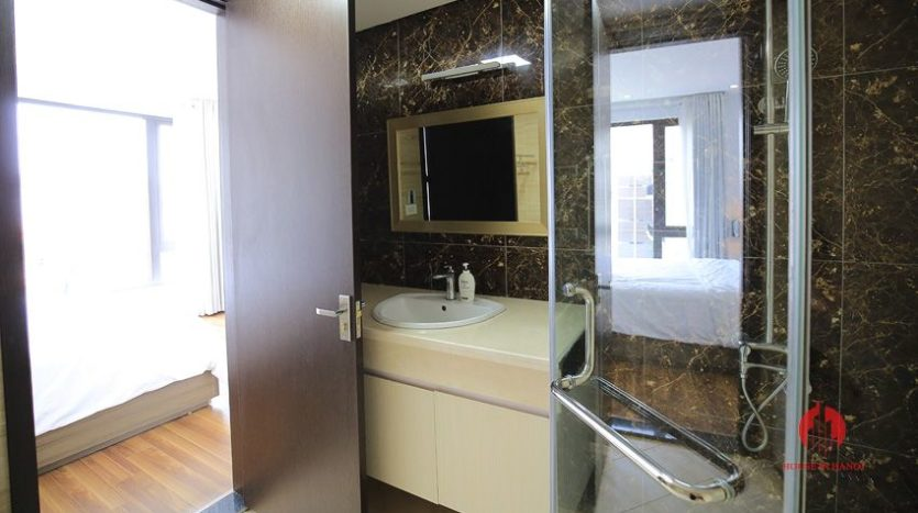 2br serviced apartment in tay ho 8