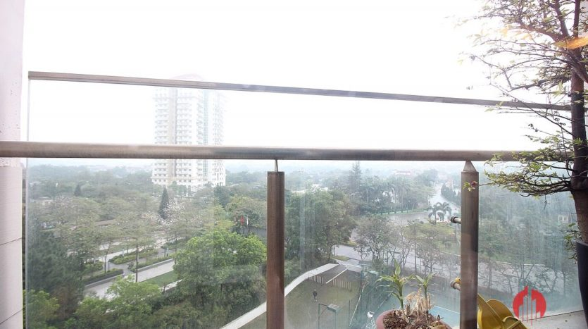 low floor 154m2 apartment in l2 ciputra 15