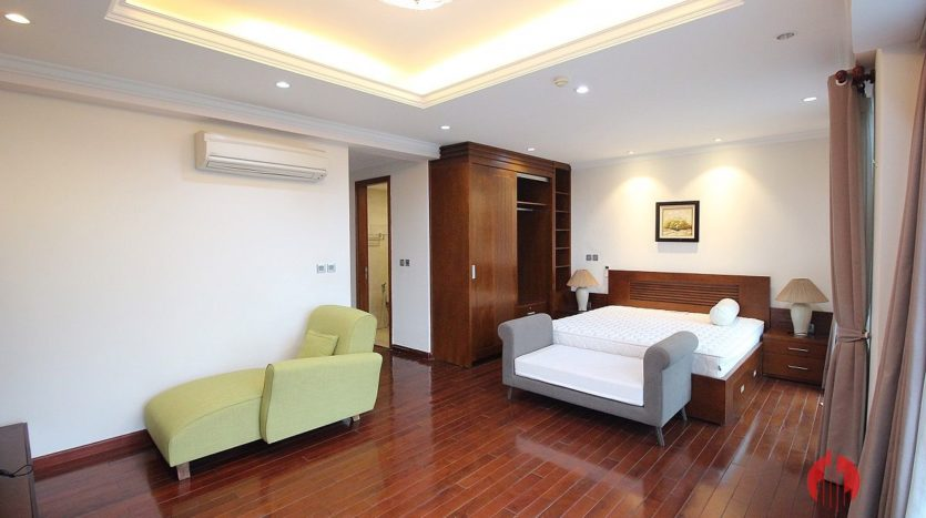 low floor 154m2 apartment in l2 ciputra 2